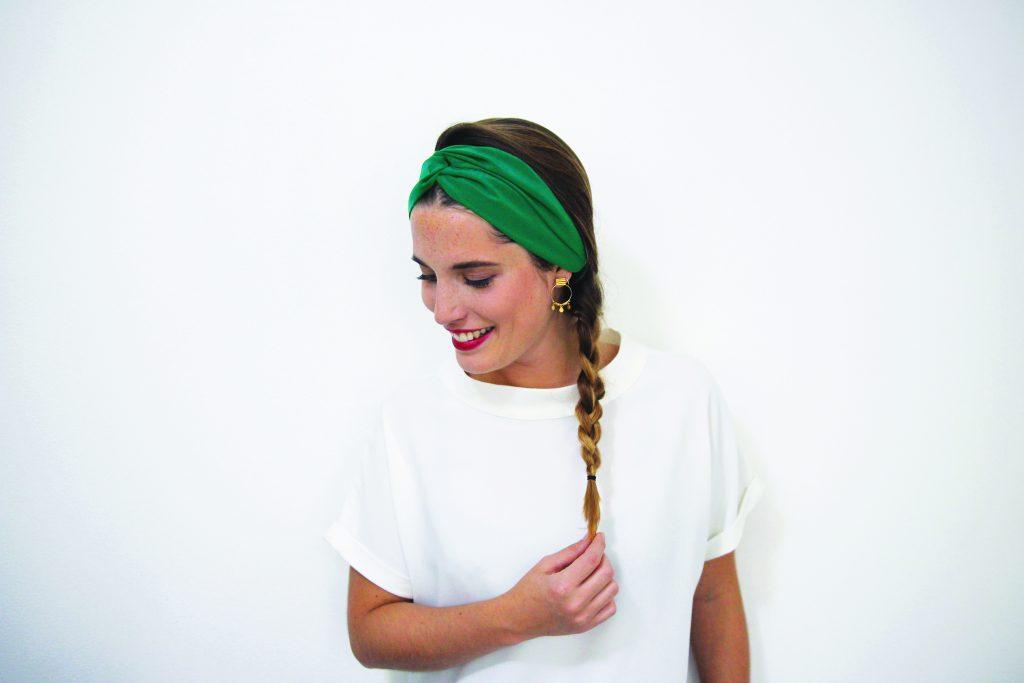 Idée de coiffure avec un headband : la tresse